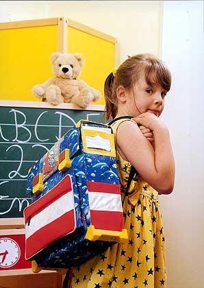 Schulstart: Lieber ein Jahr mehr Kindheit?