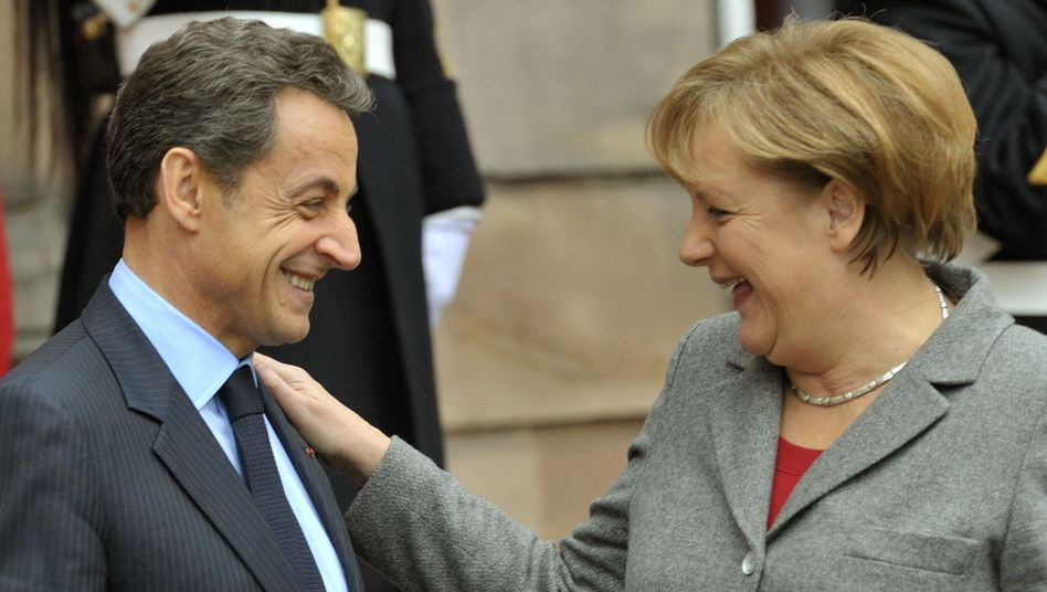 """Political partners Sarkozy and Merkel: """"Chancellor Merkel, in the end, is obliged to dictate the rules."""""""