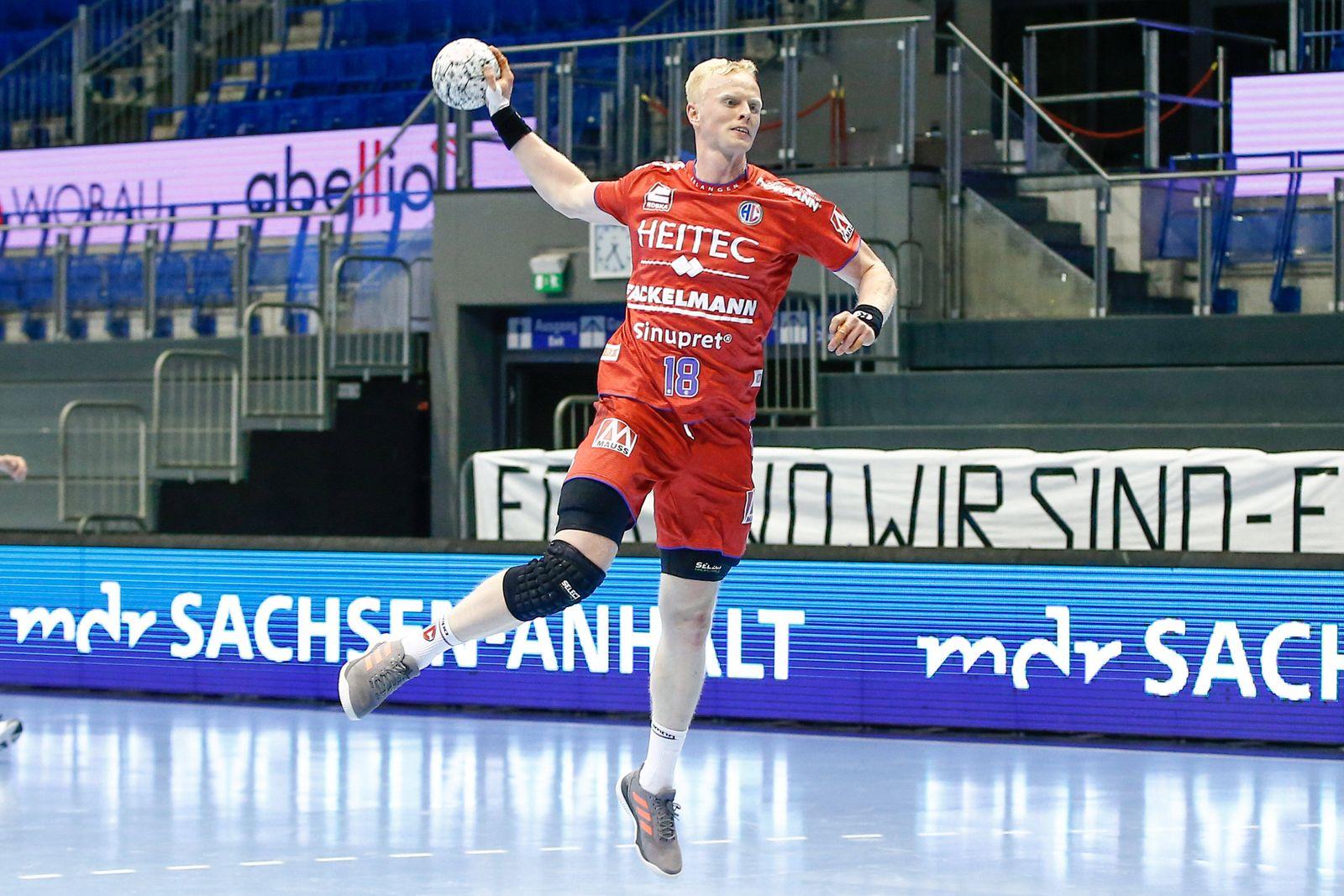 16.12.2020, xtgx, Handball Liqui Moly HBL, SC Magdeburg - HC Erlangen emspor, v.l. Sebastian Firnhaber (Erlangen, 18) w