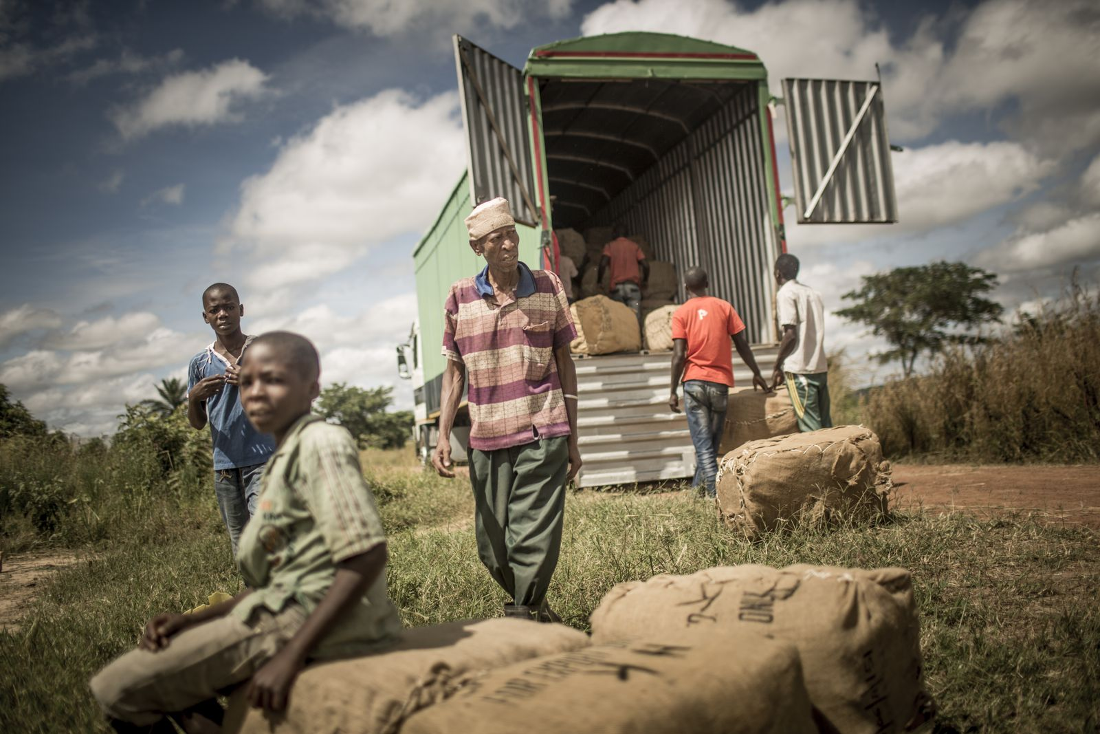 EINMALIGE VERWENDUNG Tansania/ Millenium-Dörfer