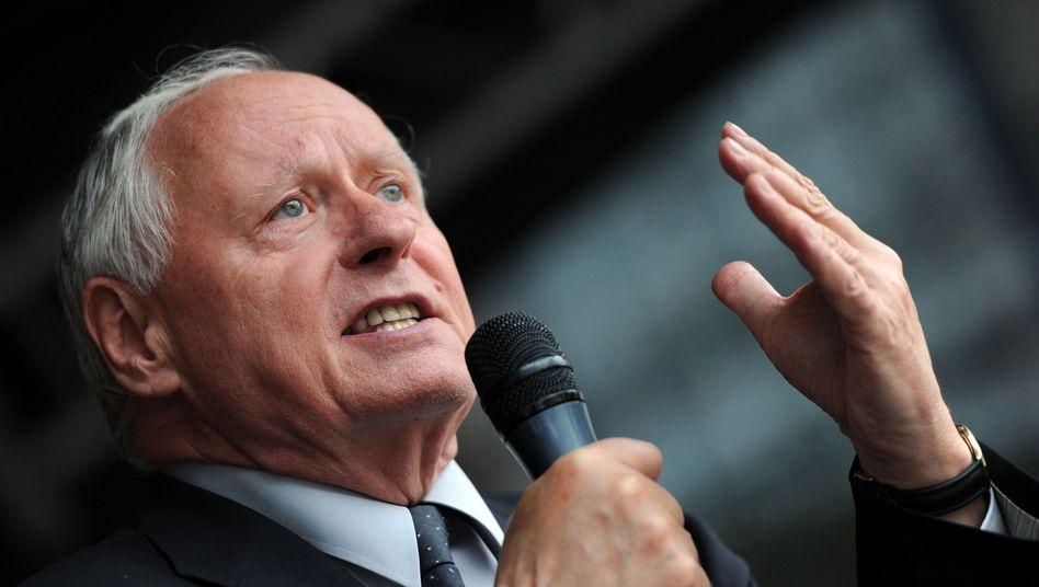 Redner Lafontaine: Aus der Opposition heraus das Land umpflügen