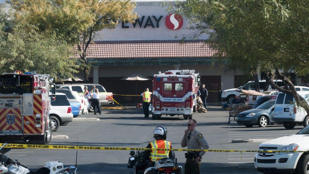 Verletzte US-Abgeordnete Giffords: Schießerei in Arizona