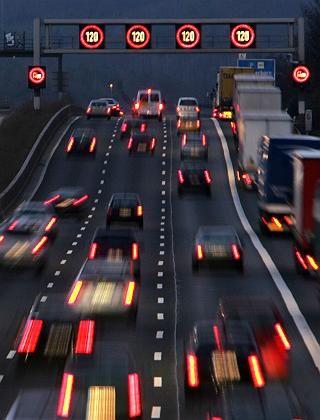 Autobahn A5 bei Frankfurt am Main: Mehrheit für Tempo 130
