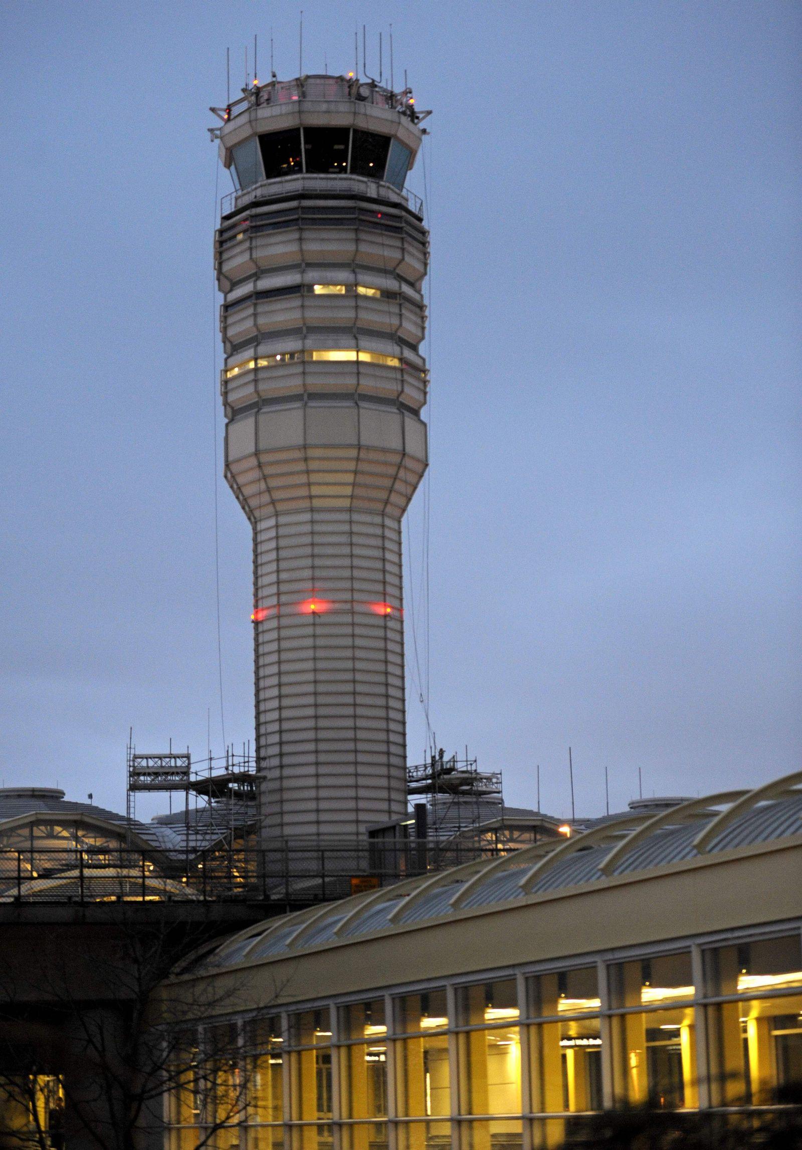 Flughafen Washington/ Tower
