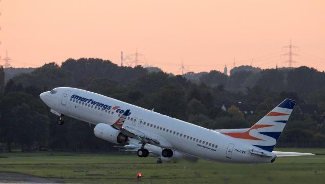 Start des Flugzeugs in Düsseldorf
