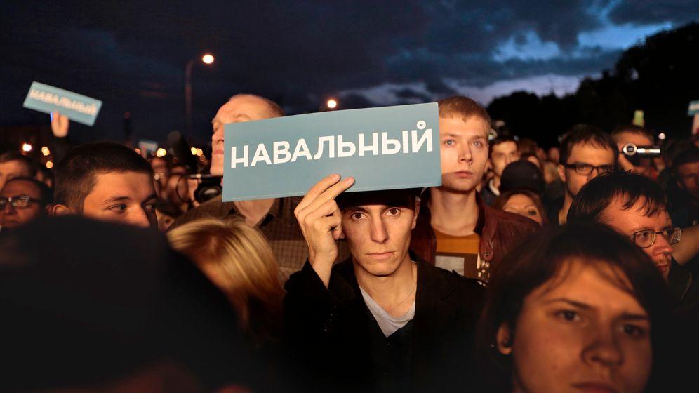 Photo Gallery: Celebrations for Putin Opponent Navalny