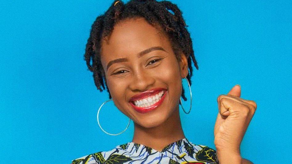 """Die 22-jährige Autorin Eunice Naffie Mustapha hat ihr Buch """"Girlz Planete: Teenage Pregnancy"""" geschrieben, um junge Frauen aufzuklären"""