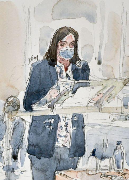 Kam als Zeugin in letzter Minute hinzu: Anne Hidalgo, die Bürgermeisterin von Paris