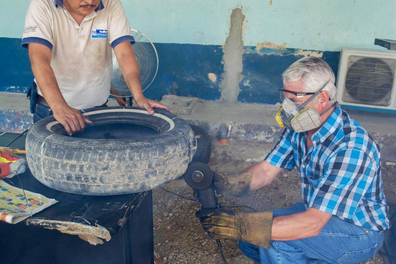 EINMALIGE VERWENDUNG Ovillanta Under Construction in Guatemala