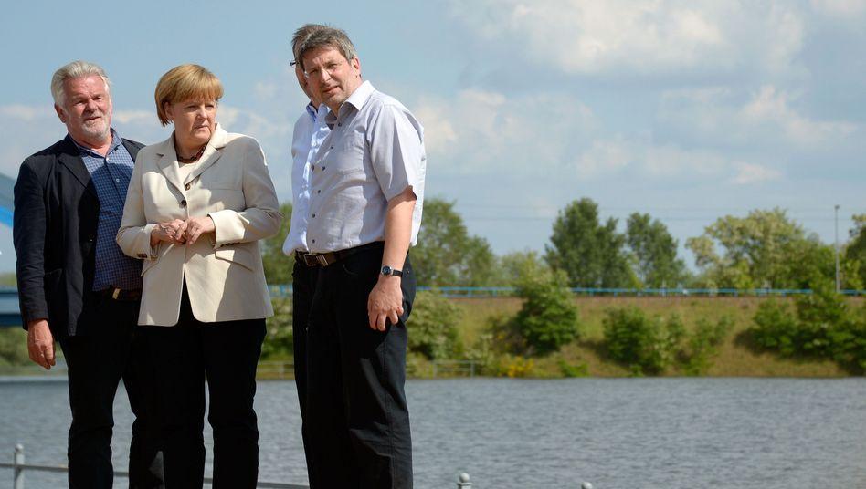 Kanzlerin Merkel im brandenburgischen Wittenberge: Was kostet die Flut?