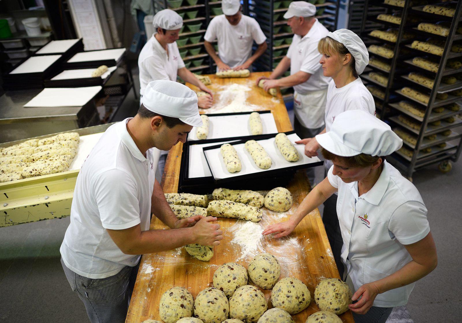 Mini-Job / Teilzeit-Arbeit / Mindestlohn / Gering-Verdiener / Minijobber / Bäckerei