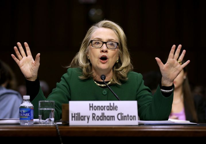 Hillary Clinton mit umstrittener Brille, im Januar 2013