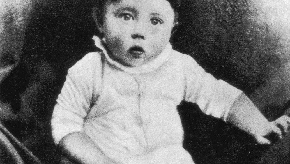 Familie Hitler: Adolf war der ältere, Otto der jüngere Bruder