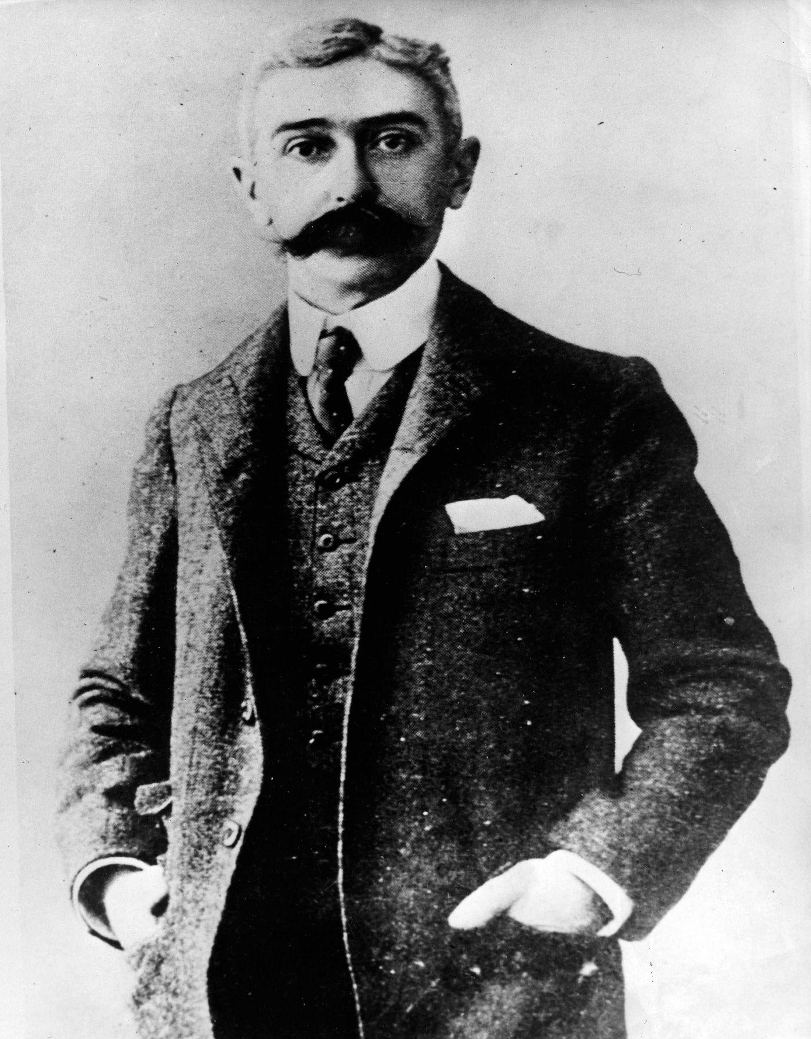 Baron Pierre de Coubertin (Frankreich) - Gründer des Internationalen Olympischen Komitees IOC - PUBLICATIONxINxGERxSUI