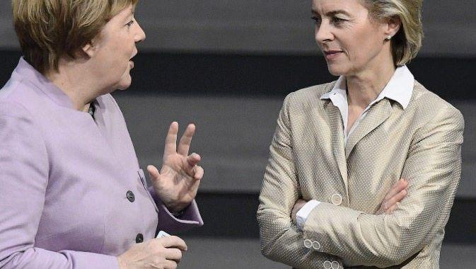 Verbündete Merkel, von der Leyen »Die brauchen wir noch für die Partei«