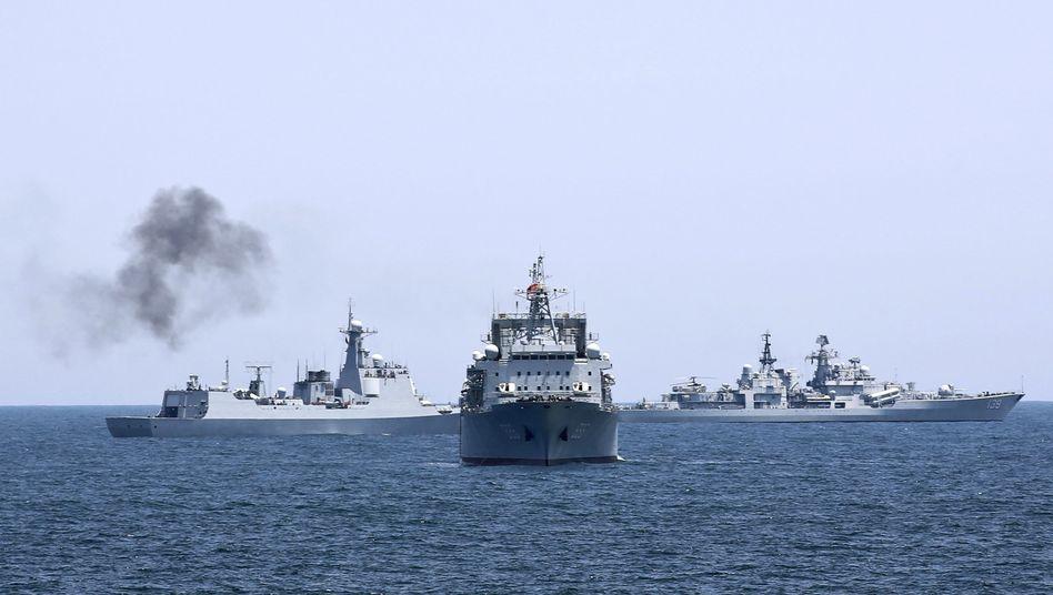 Russisch-chinesisches Militärmanöver im südchinesischen Meer 2014