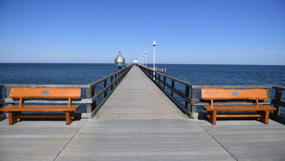 Seebrücke im Ostseebad Zinnowitz auf der Insel Usedom