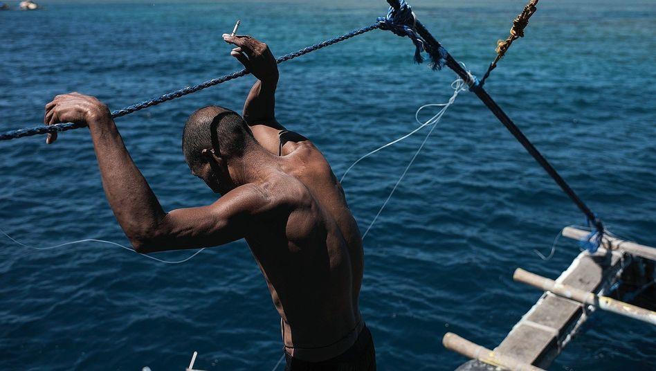 """Kapitän Malinaw vor dem Scarborough-Riff: """"Welches Recht haben die Chinesen, uns so zu behandeln?"""""""