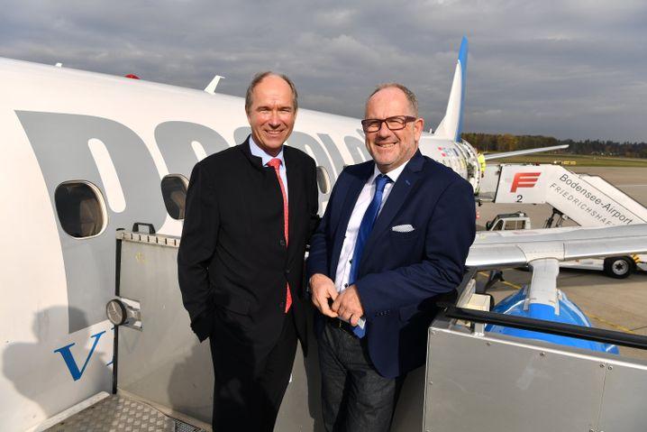 Claus-Dieter Wehr (links) und Daniel Steffen: Für die Chefs von Provinzflughafen und Mikro-Airline ist der Hüpfer über den See ein echtes Alleinstellungsmerkmal