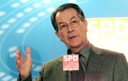 Franz Müntefering: Gesetzentwurf für Volksentscheid geplant