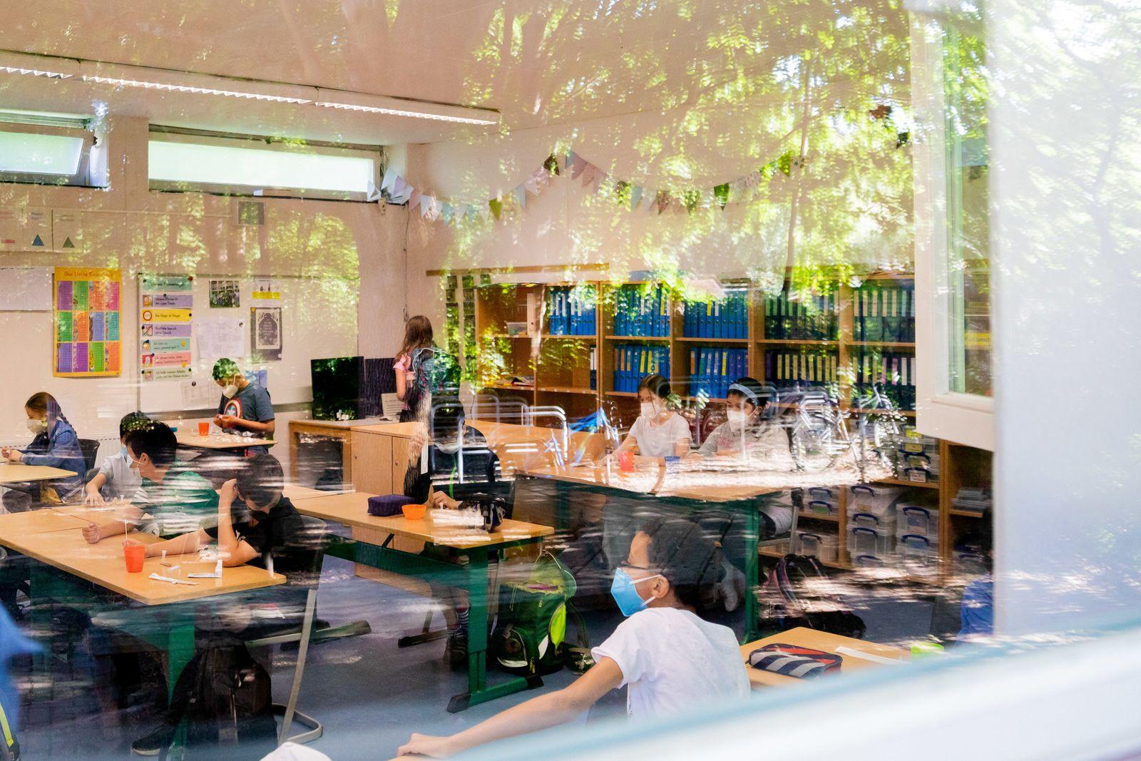 Coronavirus - Schulen in Berlin wieder im Regelbetrieb