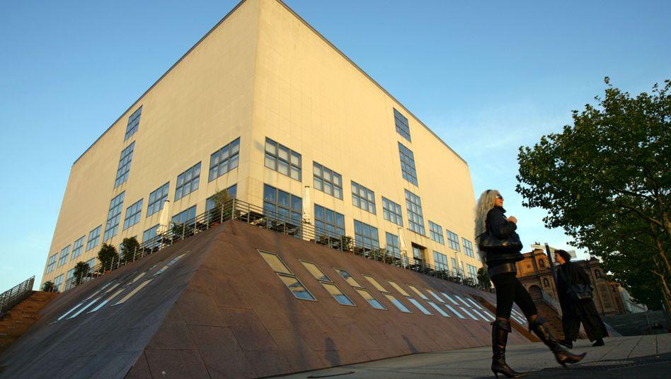"""Der Ungers-Bau """"Galerie der Gegenwart"""" wurde 1997 an der Hamburger Alster eröffnet"""