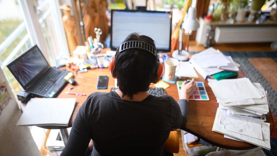 Arbeitsplatz zu Hause: Mehr als doppelt so viele im Homeoffice wie vor der Pandemie