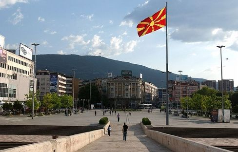 In the main square in Skopje, the capital of Macedonia, the Macedonians are planning to build a 22-meter high statue of Alexander the Great.
