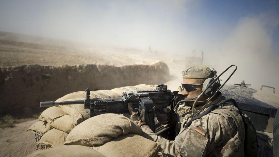 Deutsche Soldaten bei Kunduz: Streit über das angeordnete Bombardement