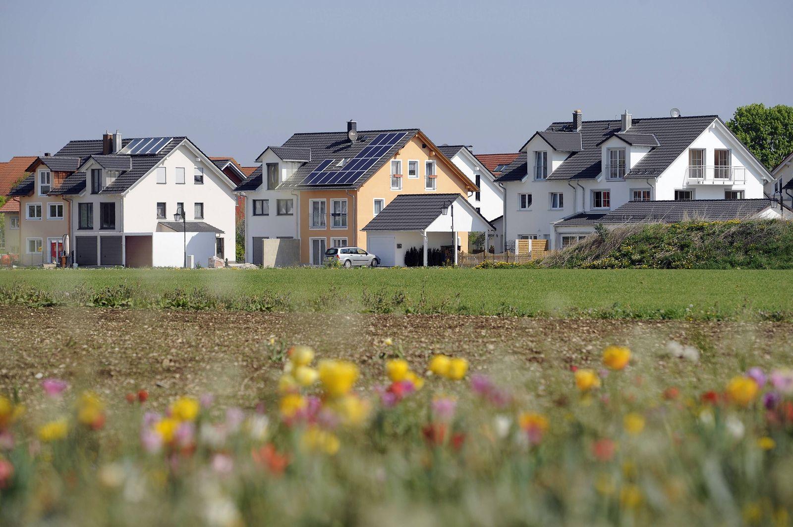 EINMALIGE VERWENDUNG Immobilien / Immobilie / Wohnungen / Mieten / München / Mietwohnungen / Familienhaus / Familienhäuser