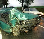 "Alkohol am Steuer: Unfälle wie diese sollen die ""Eifel Patrols"" verhindern"