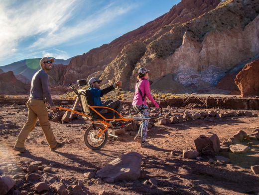Reisen im Rollstuhl: Eine Würdigung von Menschen, Gruppen und Orten, die den Tourismus verändern