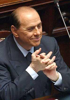 Berlusconi (Archiv): Freispruch zweiter Klasse