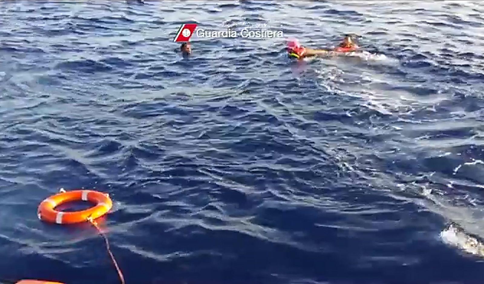 Flüchtline Rettungsring Italien