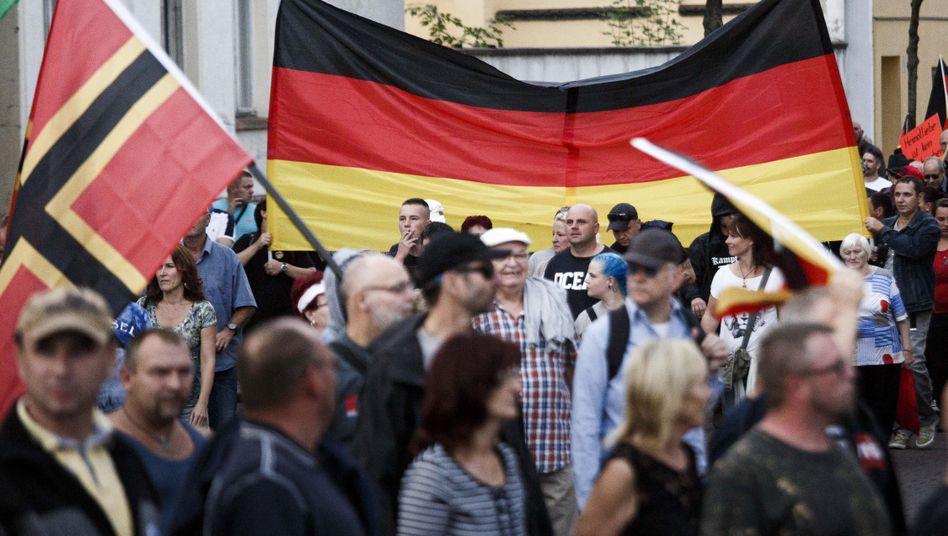 Demonstration von Rechtsextremen in Köthen