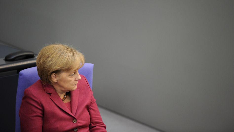 Regierungschefin Merkel: Die Wahlen aussitzen und dann handeln?