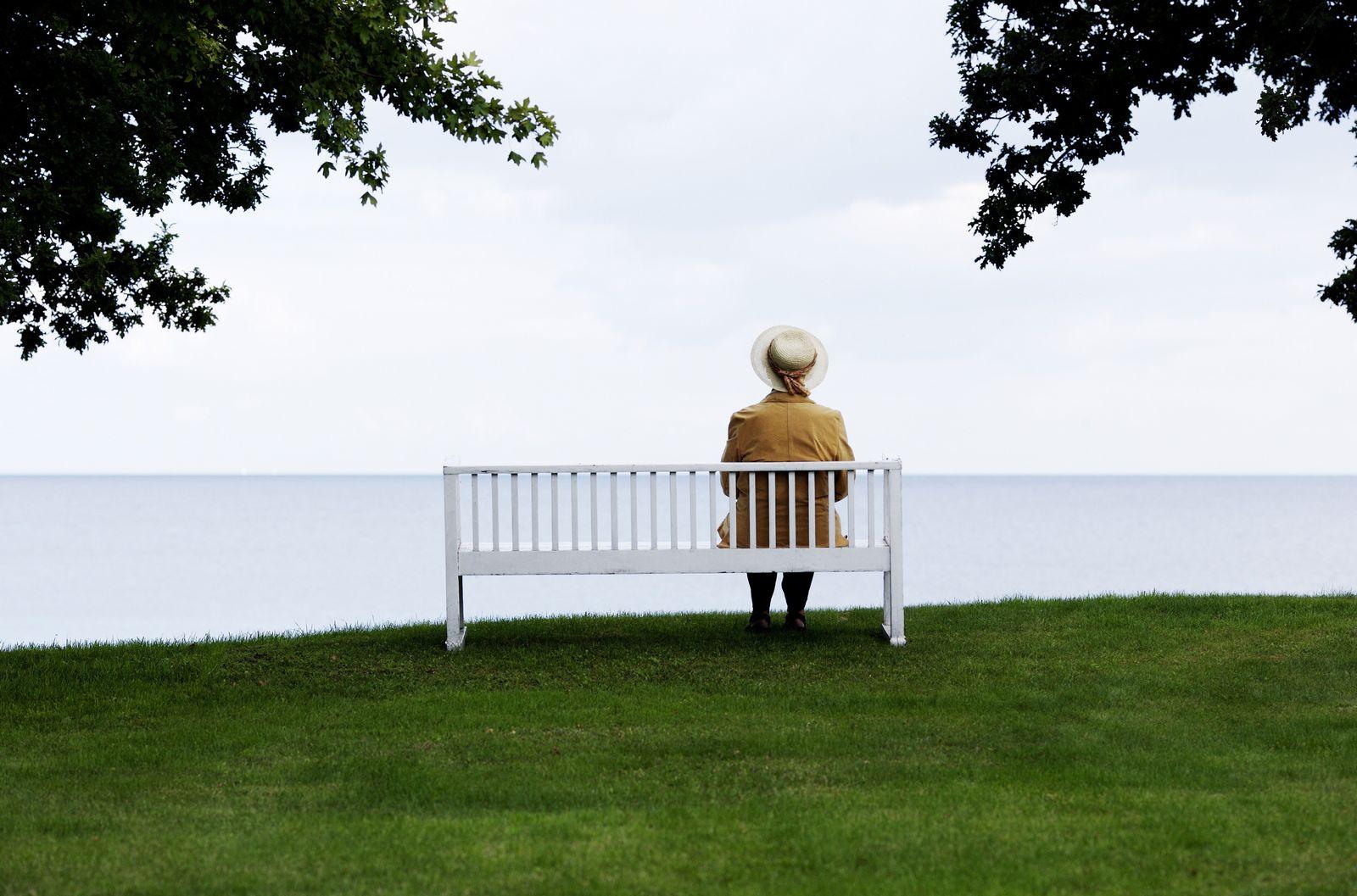 NICHT MEHR VERWENDEN! - Senioren / Einsamkeit