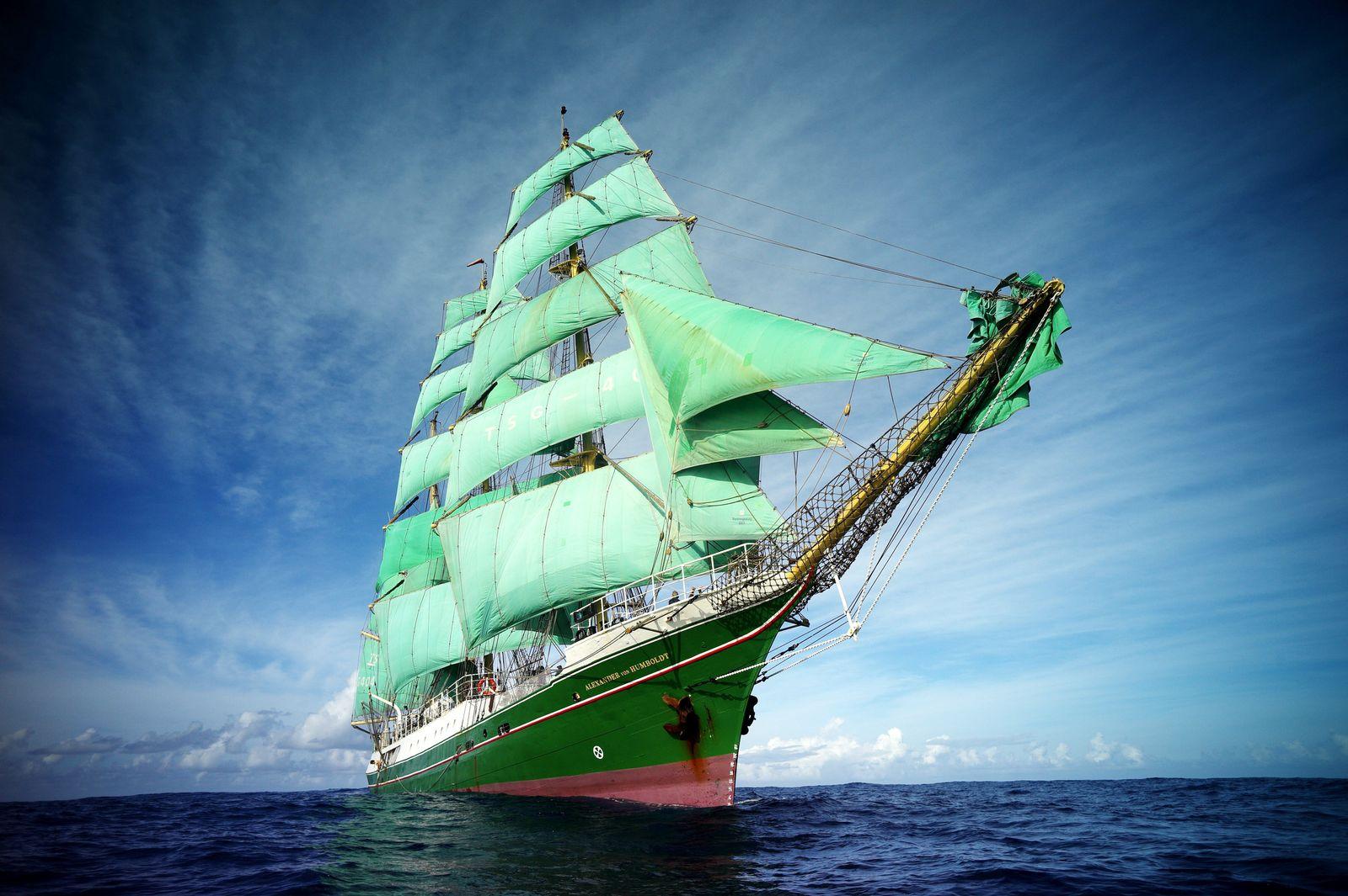 Schiff Alexander von Humboldt