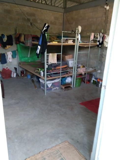 Das neue Zuhause von Foyez: Stockbetten für sich, seine Frau und seine drei Kinder