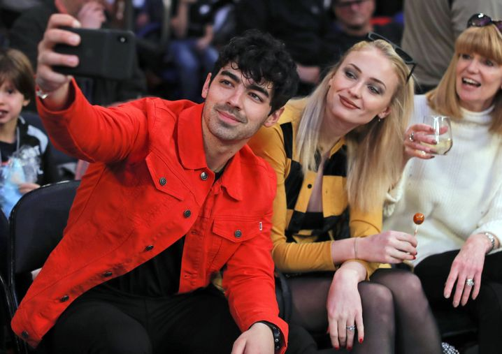Joe Jonas und Sophie Turner bei einem Spiel der New York Knicks