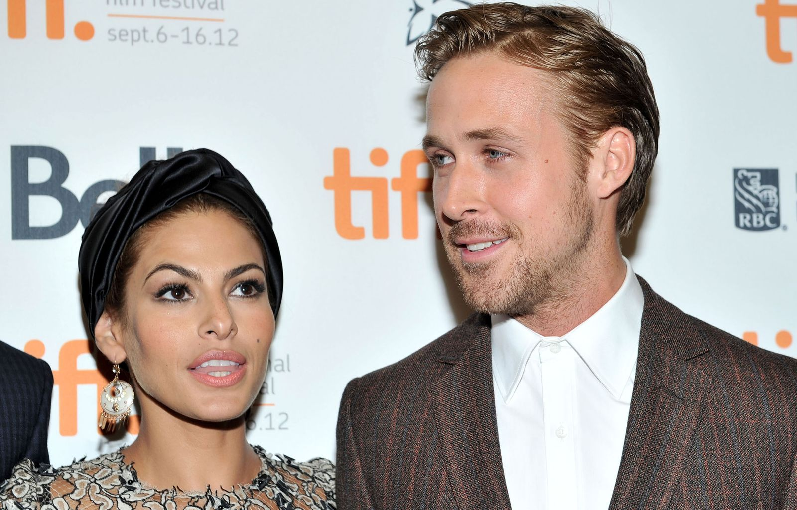 Happy Hour/ Eva Mendes & Ryan Gosling