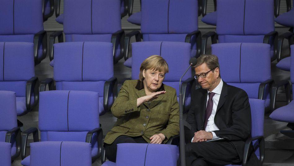 Angela Merkel mit Guido Westerwelle (Archiv): Bestes Ergebnis seit 2009