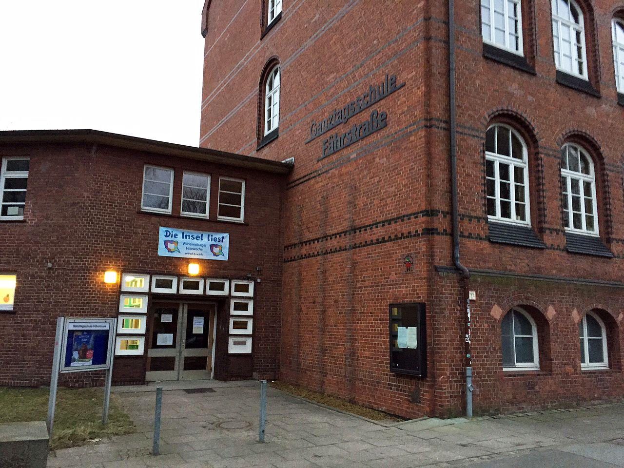 EINMALIGE VERWENDUNG Grundschule Wilhelmsburg