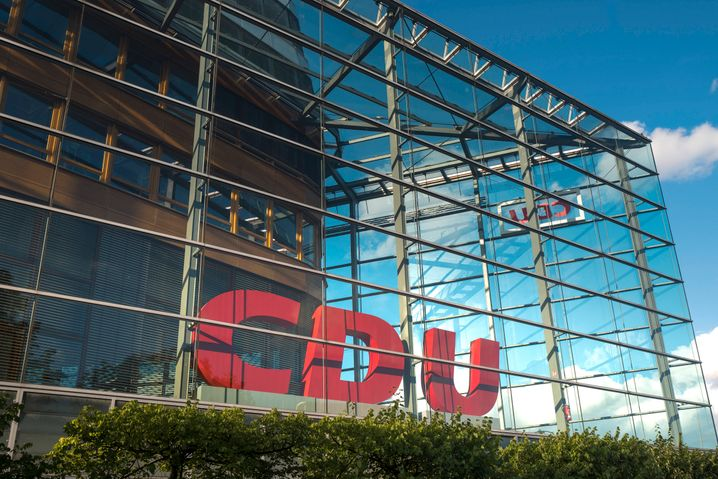 Konrad-Adenauer-Haus in Berlin: Steuererhöhungen? Igitt