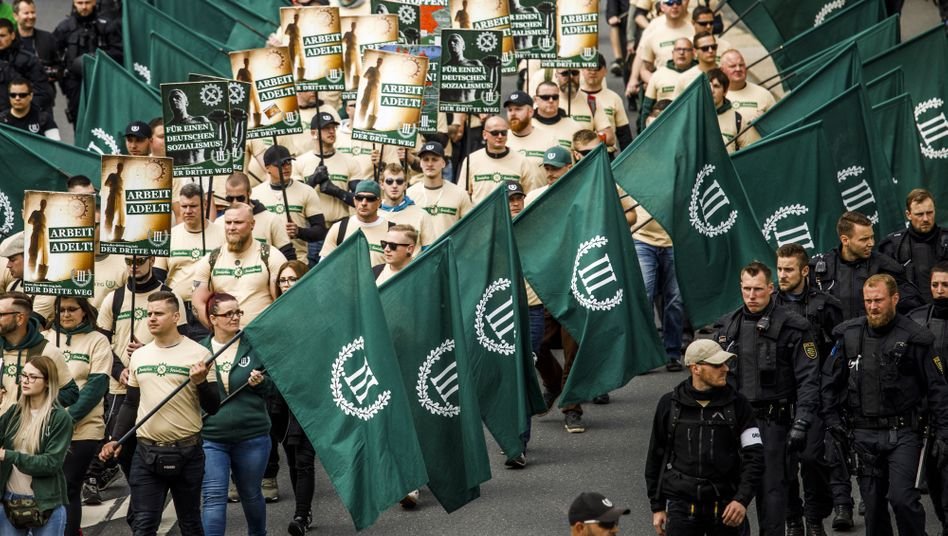 Rechtsextremisten von »Der Dritte Weg« (2019 in Plauen): »Ein deutsches Problem«