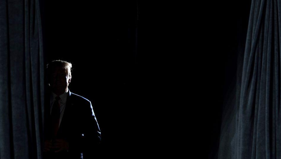 Donald Trump vor einem Auftritt in Phoenix, Arizona
