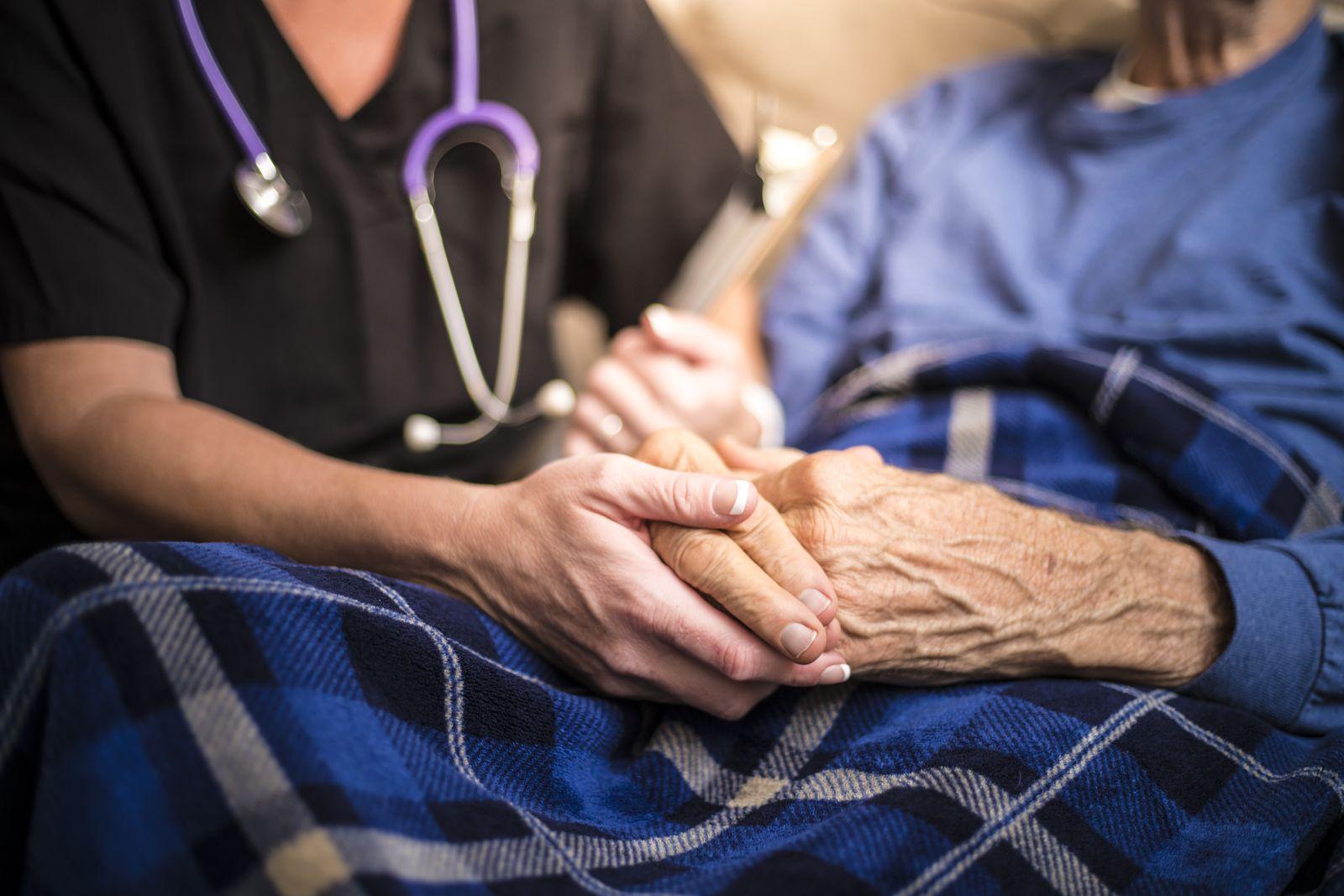 EINMALIGE VERWENDUNG Pflege/ Hände