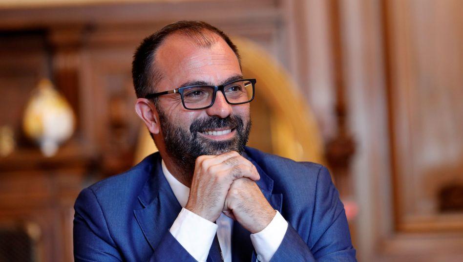 """Die Leugner des Klimawandelns schäumen: Italiens Bildungsminister Lorenzo Fioramonti will das neue Fach """"Kimawandel"""" einführen"""
