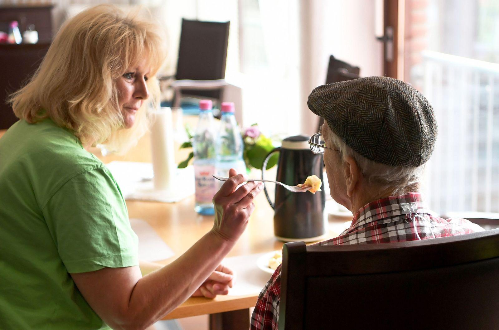 Altenpflege / Pflege / Pfleger