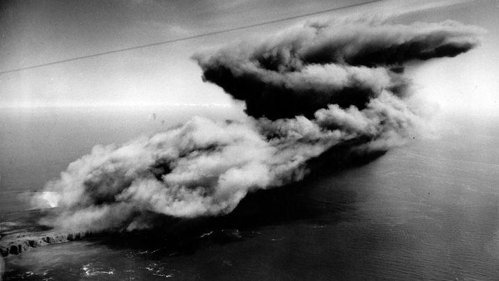 """Insel-Explosion: """"Big Bang"""" 1947 - Als die Briten Helgoland in die Luft jagen wollten"""